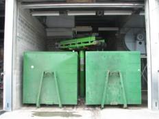 reverzinilni trak za polnjenje kontejnerja