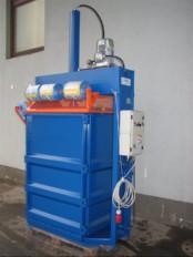Vertikalna stiskalnica za stiskanje PET embalaze S-10A